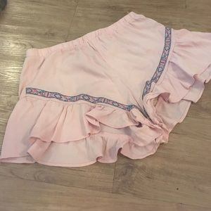 Pants - Pink embroidered shorts