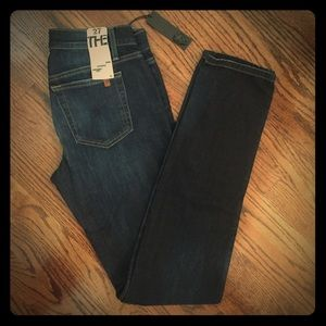 NWT- Joes Jeans, Cigarette