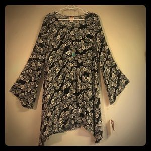 BEAUTIFUL TUNIC DRESS, NWT, L