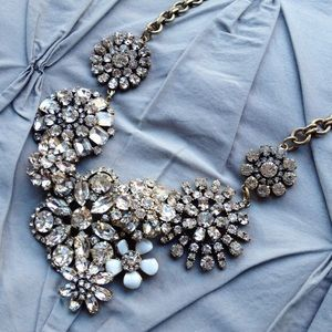 Jewelry - Crystal Flower Statement Necklace