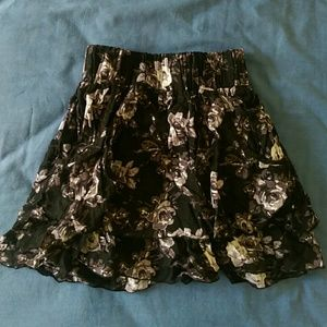 Black Gray Floral Mini Skirt with Pockets