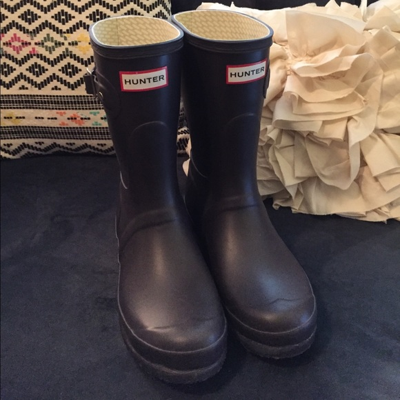 58% off Hunter Boots Shoes - NEW Hunter original short ...