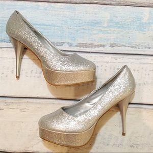 Shoes - 🍂5for$25🍂Sparkle Silver Glitter Platform Heels