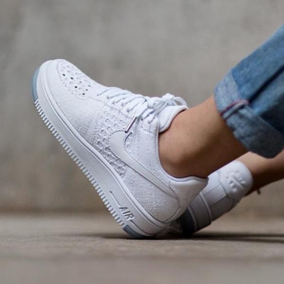 san francisco 0be89 77de2 Women's Nike Air Force 1 Low Flyknit Low Sneakers NWT