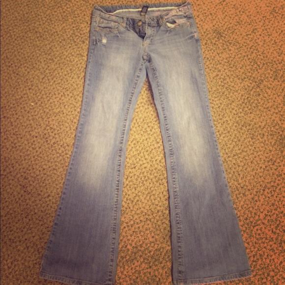 Vanity Pants: Light Wash. Dakota From Vanity