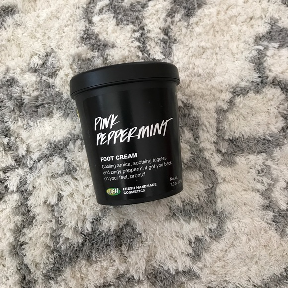 lush pink peppermint foot cream