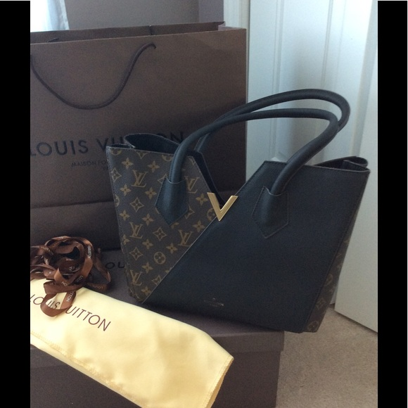 8172ef7b828 Louis Vuitton bag from Paris outlet. Never used.