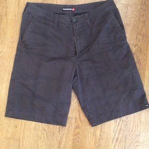 Quiksilver shorts size 31 classic