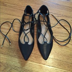 Old Navy Black Lace Up Flats