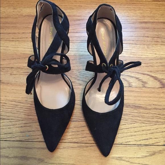 Shoe Republic LA Shoes - Black Lace Up Pumps