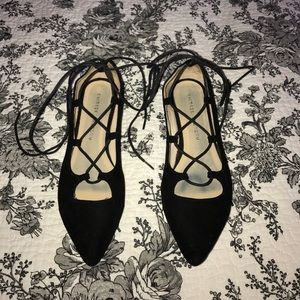 Chinese Laundry black suade lace up flats
