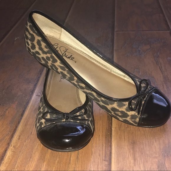 Life Stride Shoes With Low Heels