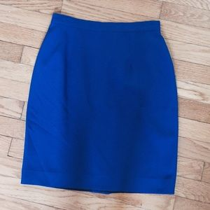 Dresses & Skirts - Blue crepe mini pencil skirt size small.