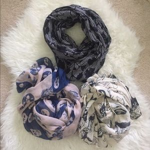 Printed scarf bundle