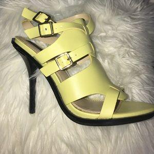 NEW 👠 High heels.