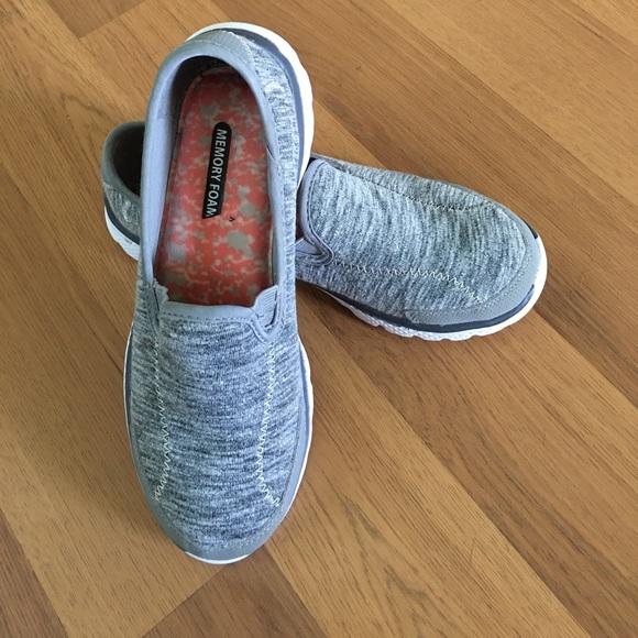 Danskin Now Memory Foam Shoes