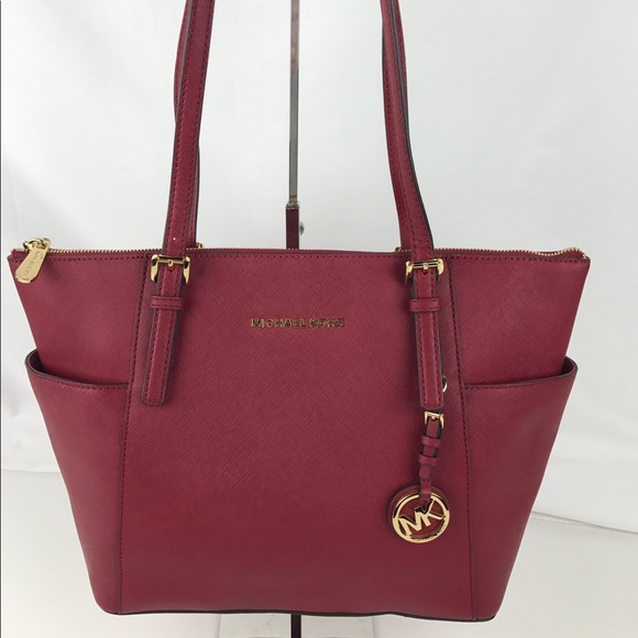 d9c6bc59ec4d9 Michael Kors Jet Set Top Zip Saffiano Leather Tote NWT