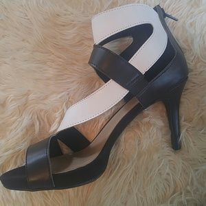 Maurices... Super Hot Black and White heels!!