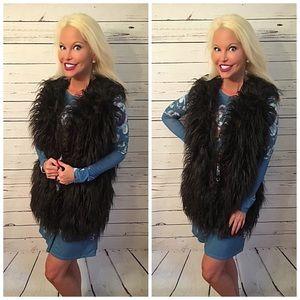 Gorgeous Black faux fur vest!