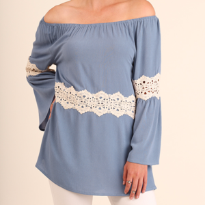 NWT Umgee Bell sleeve Tunic with Crochet Details