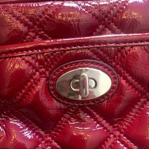 70b1ee70cf03f Nine West Bags - DONATING 🔜 Nine West quilted cross body purse!👛