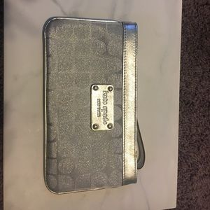 AUTHENTIC KATE SPADE silver sparkly wristlet! 👛