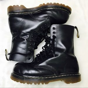 Original Dr. Martens Air Wair Hightop Boots
