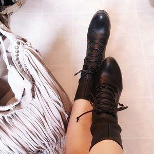 💯💯💯Authentic Miu Miu Lace up glove boots