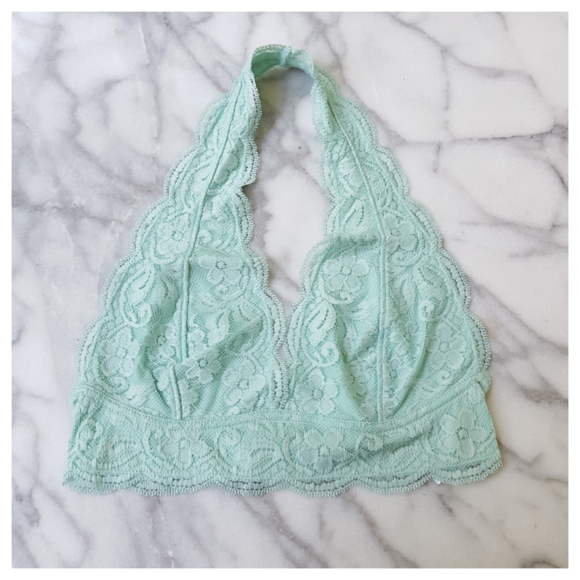 9896530ce4a Urban Outfitters Out from Under Lace Halter Bra M
