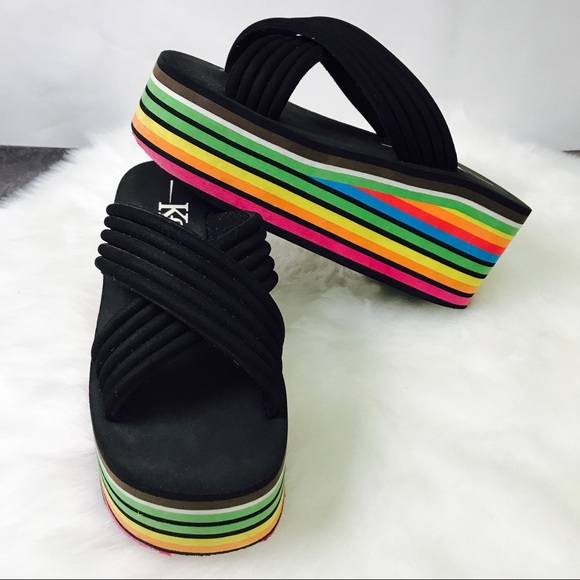 7e7eef0750072 Vintage Rainbow 🌈 Platform Sandals