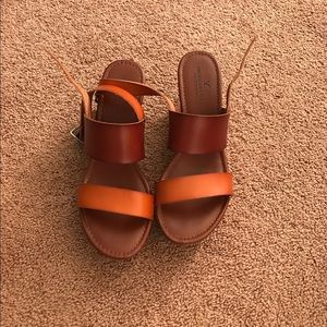 American Eagle leather wedges