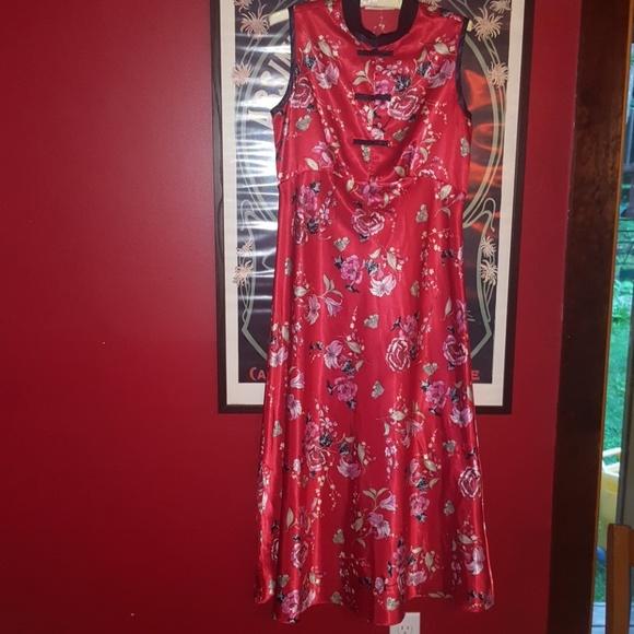 428038b9ee6c Lord & Taylor Dresses | Lord Taylor Silky A Maxi Dress | Poshmark