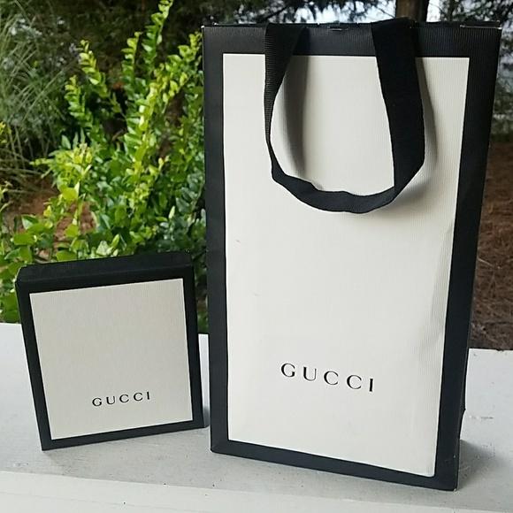 716eab58dded Gucci Handbags - Gucci Shopping Bag & Box