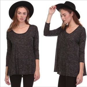 Tops - 🌺Gray loose fit almost long sleeve