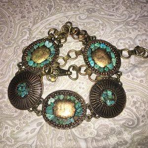 Adjustable chain belt with blue decorative rocks