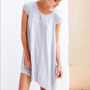gray t-shirt dress!