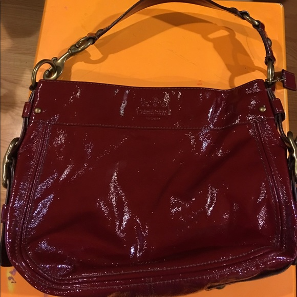 how to clean patent leather bag