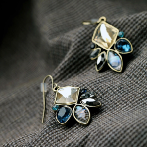 Jewelry - Irridecent Garden Statement Earrings