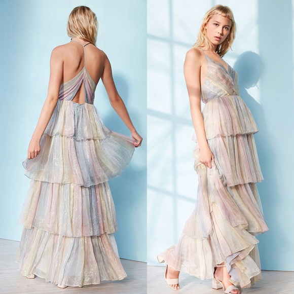 403e57166dc URBAN OUTFITTERS Tiers of the Ocean Maxi size 4