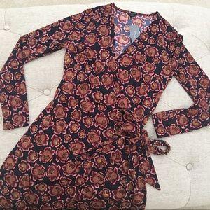 🆕 ✅ Ann Taylor Floral Wrap Dress Petite