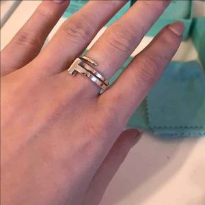 d5515123ed37d Tiffany & Co. t wrap ring size 6