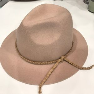 Accessories - Wool Hat