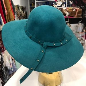 Accessories - Bakers Wool Hat