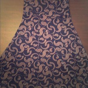 💕SALE💕LuLaRoe Black Swirl Azure Skirt