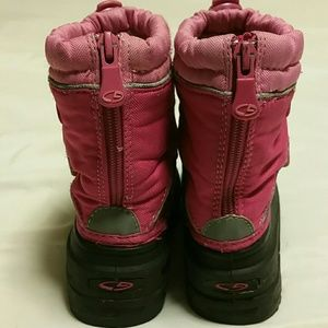 d4ee499a806056 Champion Shoes - Champion toddler snow boots 9t