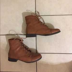 Forever 21 brown booties size 8M