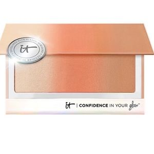 IT Cosmetics - Confidence In Your Glow 'Nude Glow'