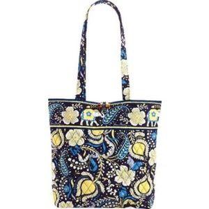 Handbags - VERA BRADLEY Ellie blue handbag w/ wristlet