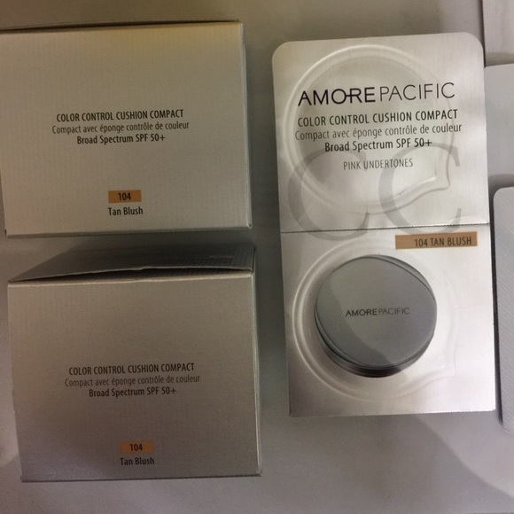 Amore Pacific Makeup - Amore Pacific cushion compact