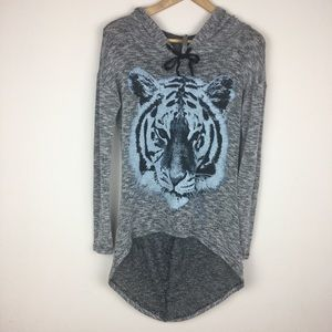 Sweaters - Jesse & J Junior's Thin Knit Lion Graphic Hoodie L